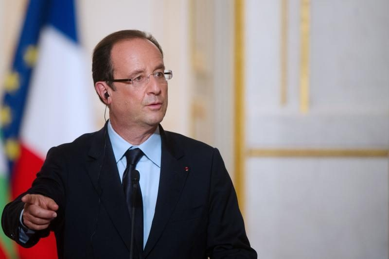 Per metus F. Hollande reitingai pasiekė dugną