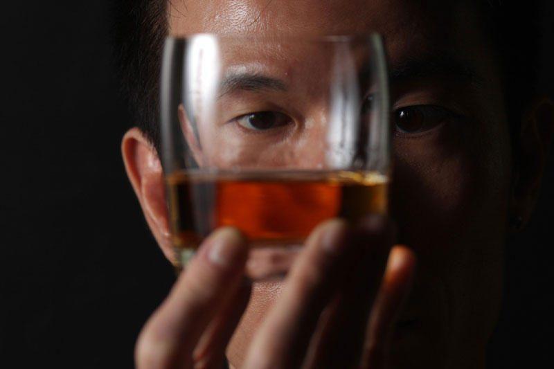 Čekijos vyriausybė sušvelnino draudimą prekiauti alkoholiu