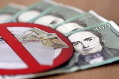 """Vyriausybės pasiūlymas naikinti """"alimentų fondą"""" suklupo Seime"""
