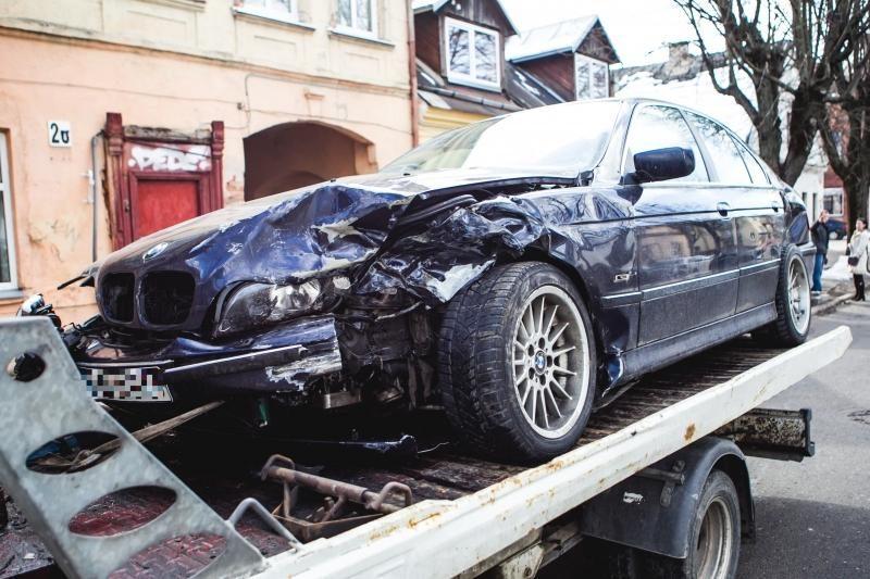 Per avariją Kauno centre nukentėjo niekuo dėtas pėstysis