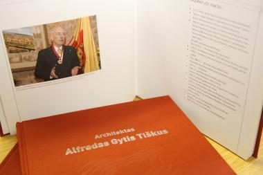 A.G.Tiškaus darbai ir kūryba įamžinti knygoje