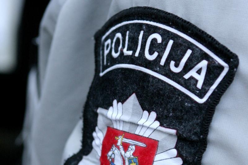 Kontrabandines cigaretes gabenęs policininkas atleistas iš tarnybos