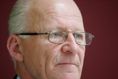 Siūlymą vėl branginti šildymą J.Imbrasas vadina genocidu