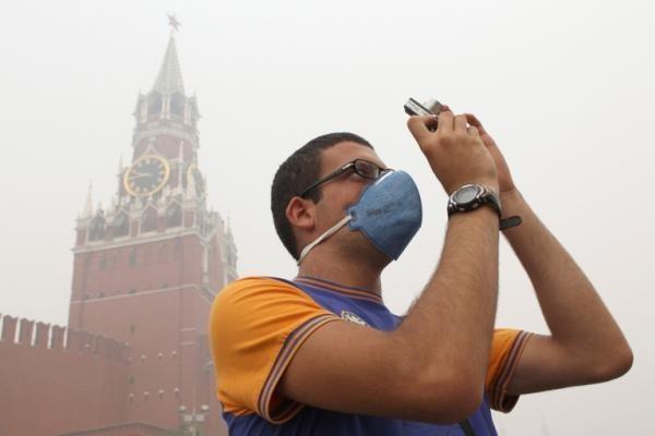 Maskvoje oras atvėso, tačiau aplinkiniai miškai tebeliepsnoja