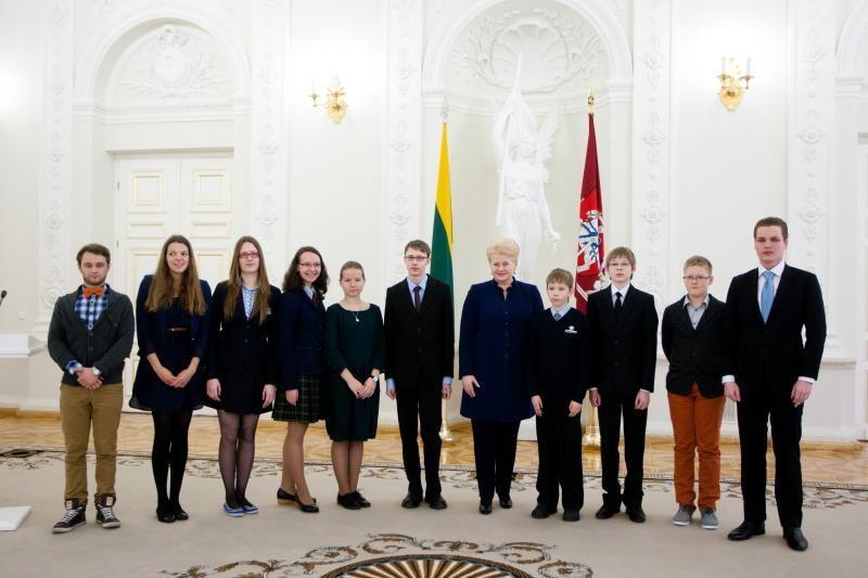 """Prezidentė: """"Lietuvos tūkstantmečio vaikai - labai rimtas projektas"""""""