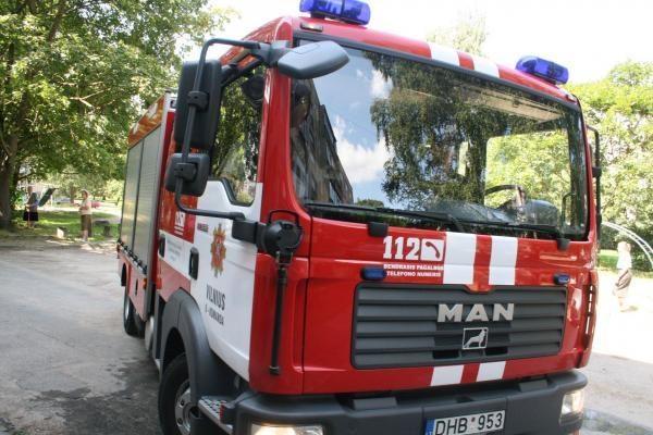 Trečiadienio ankstų rytą Vilniuje degė gyvenamasis namas