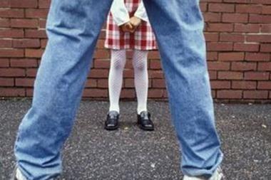 Nyderlanduose latvis prisipažino seksualiai išnaudojęs dešimtis mažamečių (papildyta)