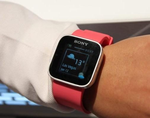 """LG ir """"Google"""" - dar vieni išmaniųjų laikrodžių kūrėjai"""
