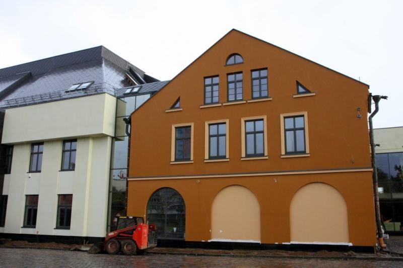 Restauruoti Klaipėdos dramos teatro fasadai nustebins spalvomis
