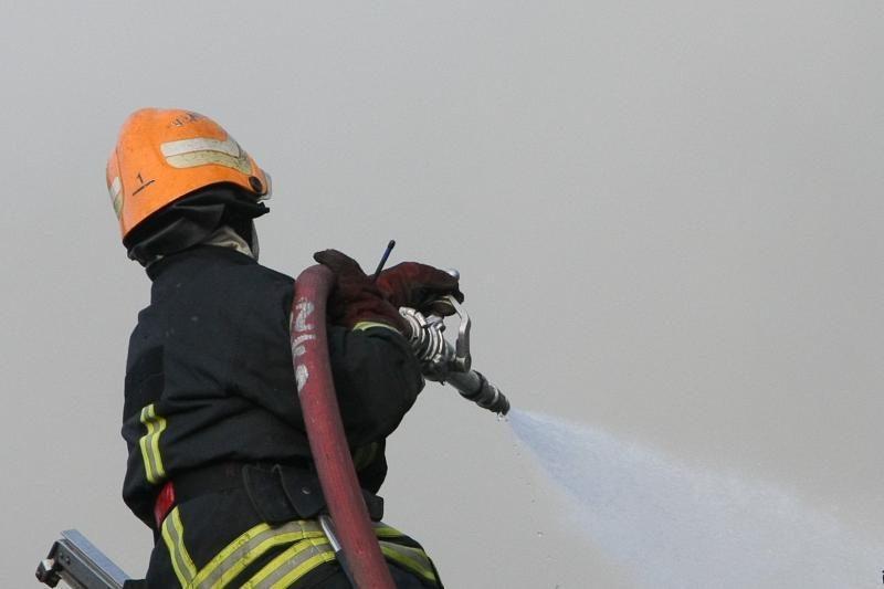 Jurbarko ugniagesiai gesino gaisrą klebonijoje