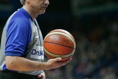 Kauno ir Vilniaus valdžia kausis krepšinio aikštelėje