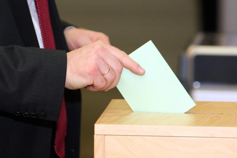 Juodkalnijoje vyksta balsavimas parlamento rinkimuose