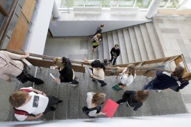 ŠMM planuoja mažėjantį lietuvių studentų skaičių papildyti užsieniečiais