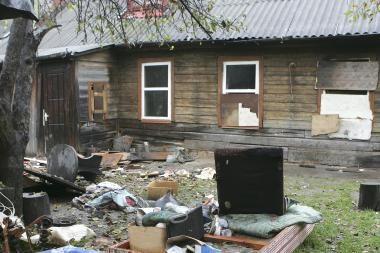 Kaunietis pasipriešino policijai ir padegė butą