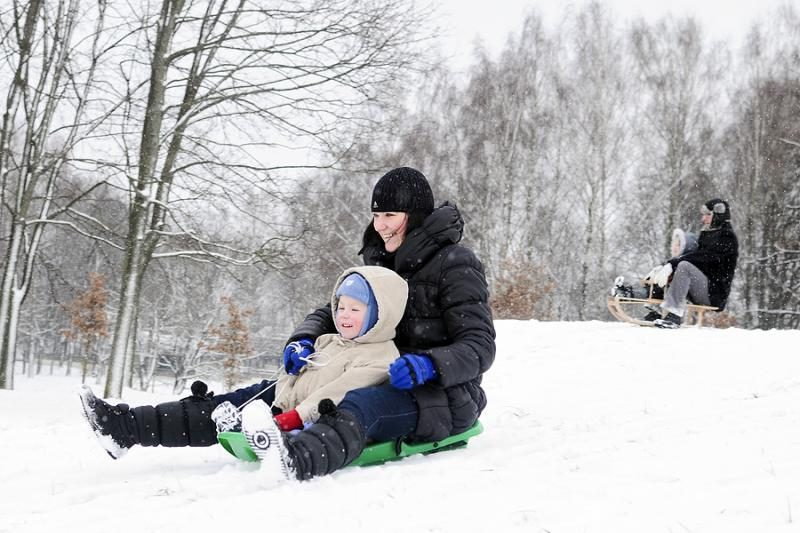 Balta žiema pagaliau atėjo ir į Vilniaus kiemus