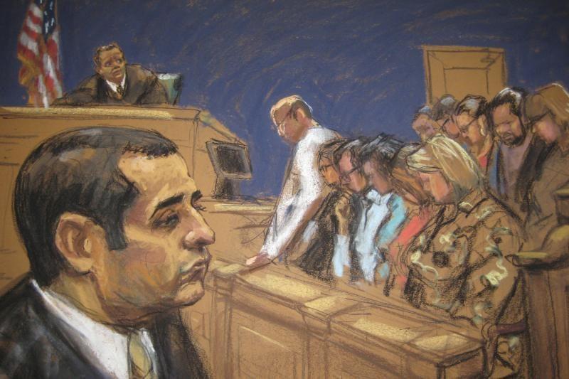"""JAV prisiekusieji: Niujorko """"policininkas kanibalas"""" kaltas"""
