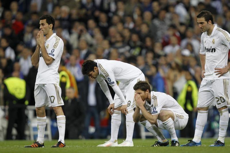 """Madrido """"Real"""" stovykloje tęsiasi J. Mourinho ir I. Casillaso drama"""