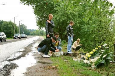 Kaune avarijoje žuvo trys žmonės