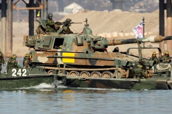 Pietų Korėja stiprina pasienio salose dislokuojamas pajėgas