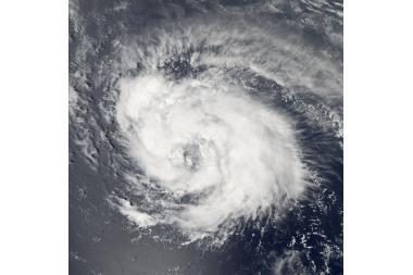 Uraganas Aikas slenka Gustavo pramintu taku