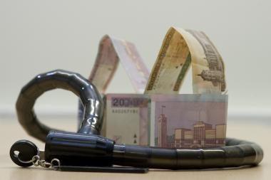Iš 11 patikrintų greitųjų kreditų bendrovių pažeidimų rasta beveik pusėje