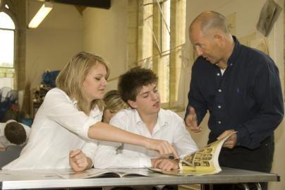Lituanistinių mokyklų mokytojams bus užskaitytas stažas