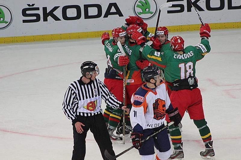 Lietuvos ledo ritulininkai nusileido olandams
