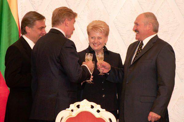 Bendradarbiavimas vyks su bet kuriuo baltarusių išrinktu prezidentu, sako D.Grybauskaitė