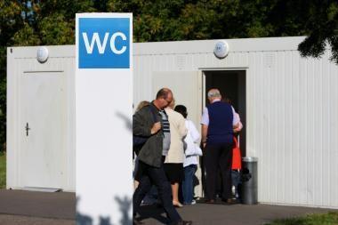 Kauno tarybos narių pareiškimas dėl auksinio tualeto