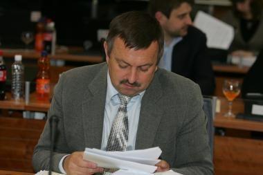 Vilniaus valdžia dalija 50-90 proc. siekiančius priedus