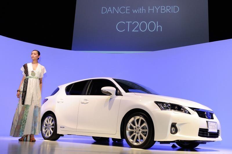 Japonų automobilių gamintojai galvoja kelti automobilių kainas