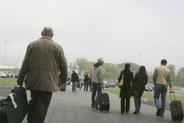 Emigracija neslūgsta - liepą išvykimą deklaravo beveik 11 tūkst. tautiečių