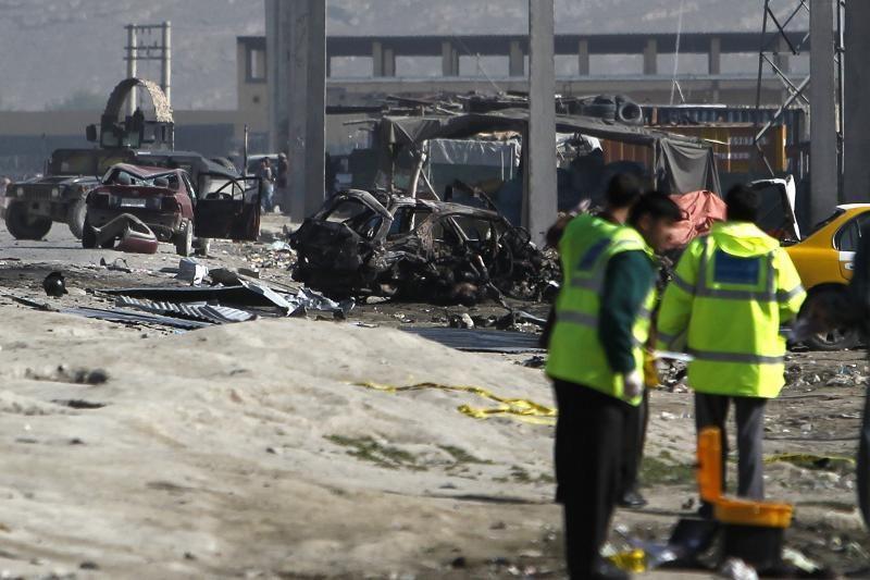 Pietų Afganistane per mirtininko išpuolį žuvo du žmonės