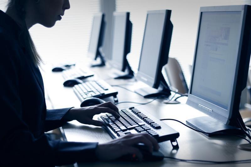 IT specialistams sulietuvinti terminai skamba kaip anekdotas