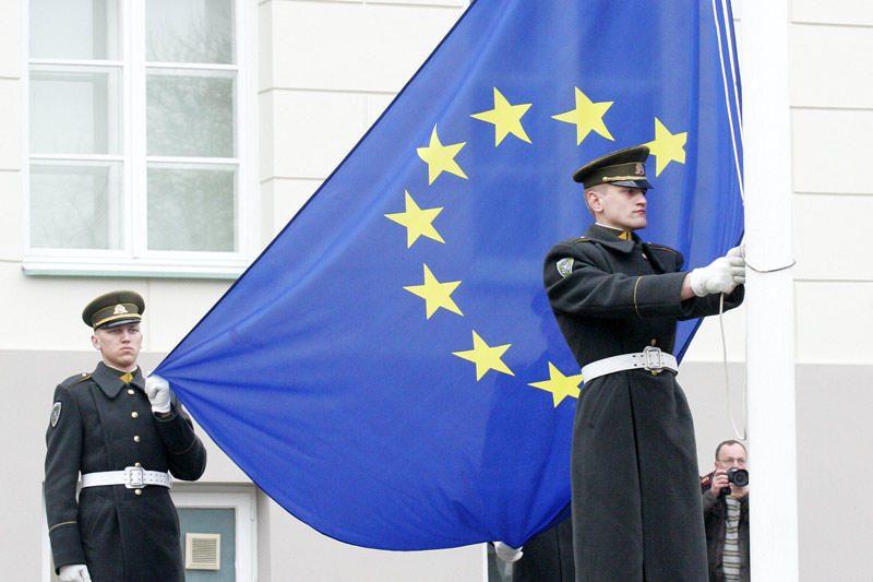 Finansų ministrė pažėrė kritikos Europos Komisijai