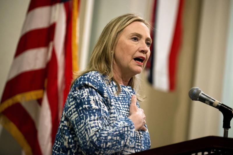 H. Hillary Clinton pirmadienį grįžta į darbą