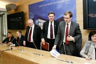A.Kubiliaus nestebintų dvi interpeliacijos ministrams