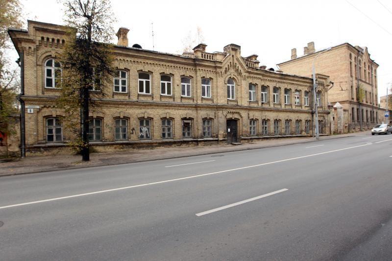 Policijos pastatai kol kas likimo valioje