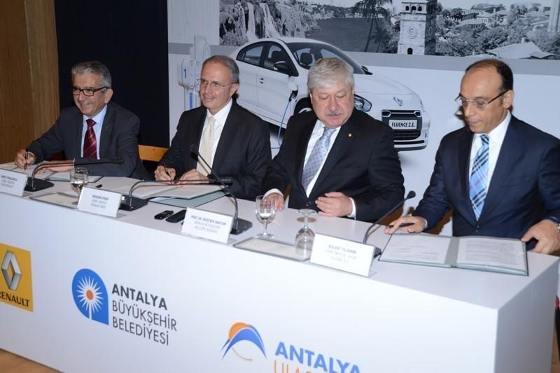 """""""Renault"""" pasirašė susitarimą dėl nulinės taršos programos"""