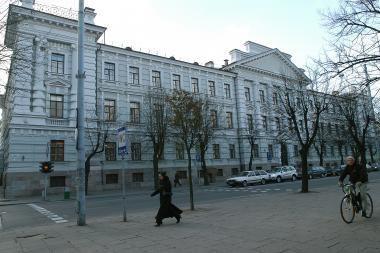 Buvusiuose KGB rūmuose du teismai ir muziejus nebetelpa