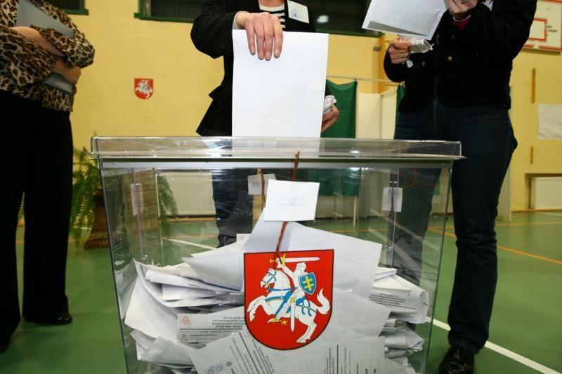 Varėnos policija tiria, ar rinkėjams buvo mokama po 10 litų