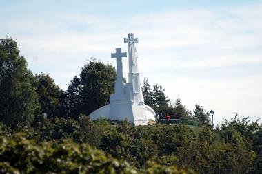 """Vilniaus simboliu išrinkti """"Trys kryžiai"""
