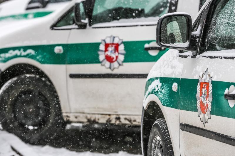 Gargždiškį lydi nesėkmės: gaisras ir susidūrimas su policijos mašina
