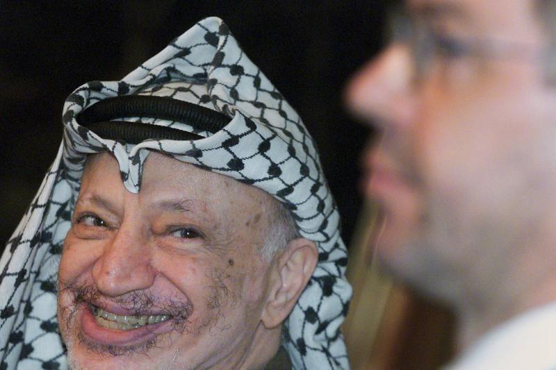 Izraelis nunuodijo Y.Arafatą poloniu?