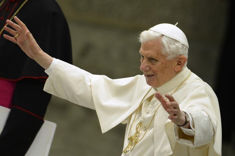 Popiežius rengiasi paskutinei audiencijai atsistatydinimo išvakarėse