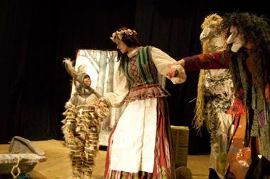 """""""Raganiukės teatras"""" kviečia į lietuviškos pasakos inscenizaciją"""