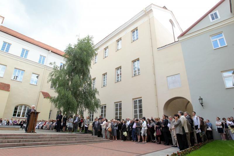Vilniaus universitetas prašo stabdyti jo statuto tvirtinimą