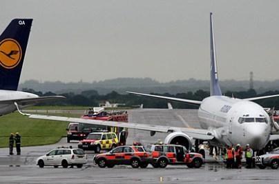 Britanijos oro uoste susidūrė lėktuvai