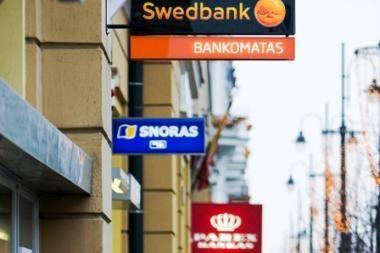 Žmonėms vėluojančios algos bankų nedomina