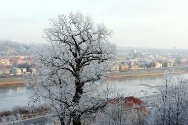 Orai gerokai atvės, pirmadienį numatomas sniegas